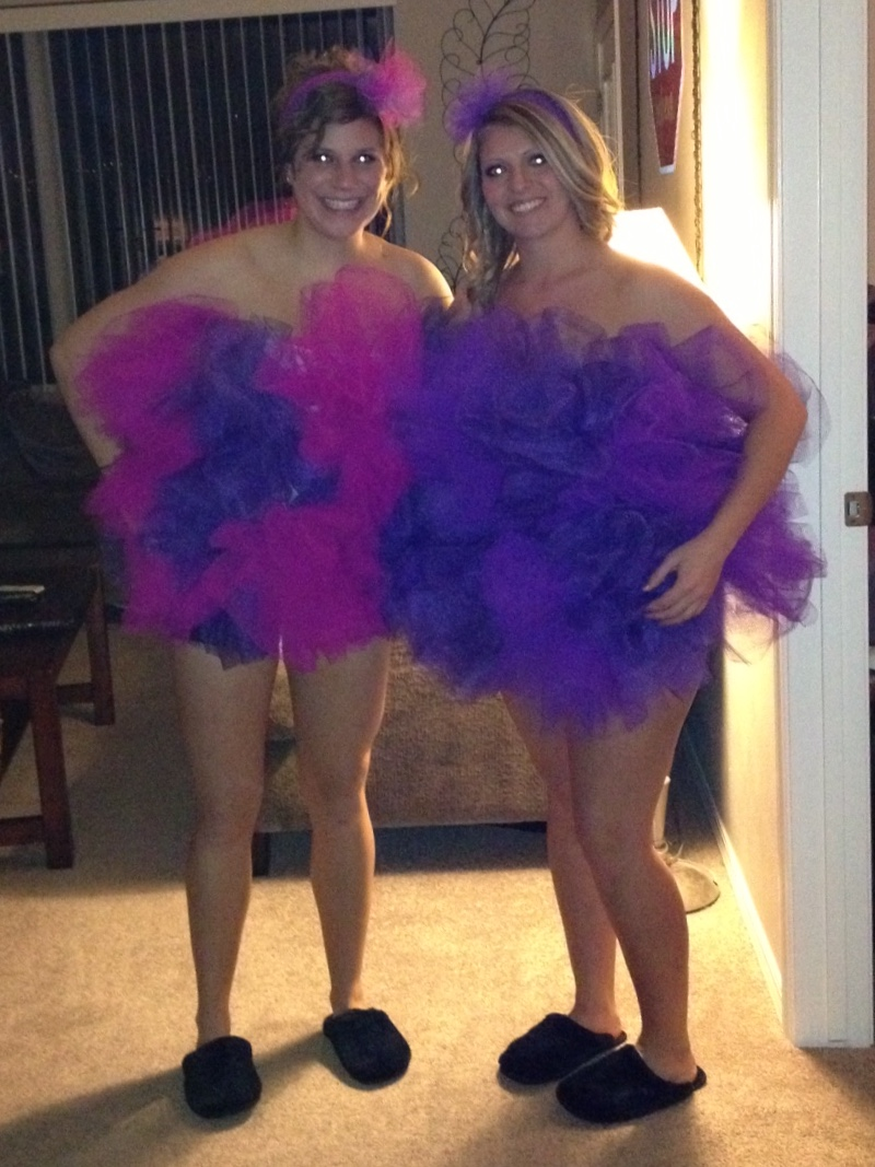 Loofah  sc 1 st  Unbelievab.ly & 28 DIY Halloween Costumes - College in a Nutshell | Unbelievab.ly