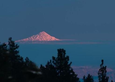Ch-paa-qn Peak west of Missoula, Montana