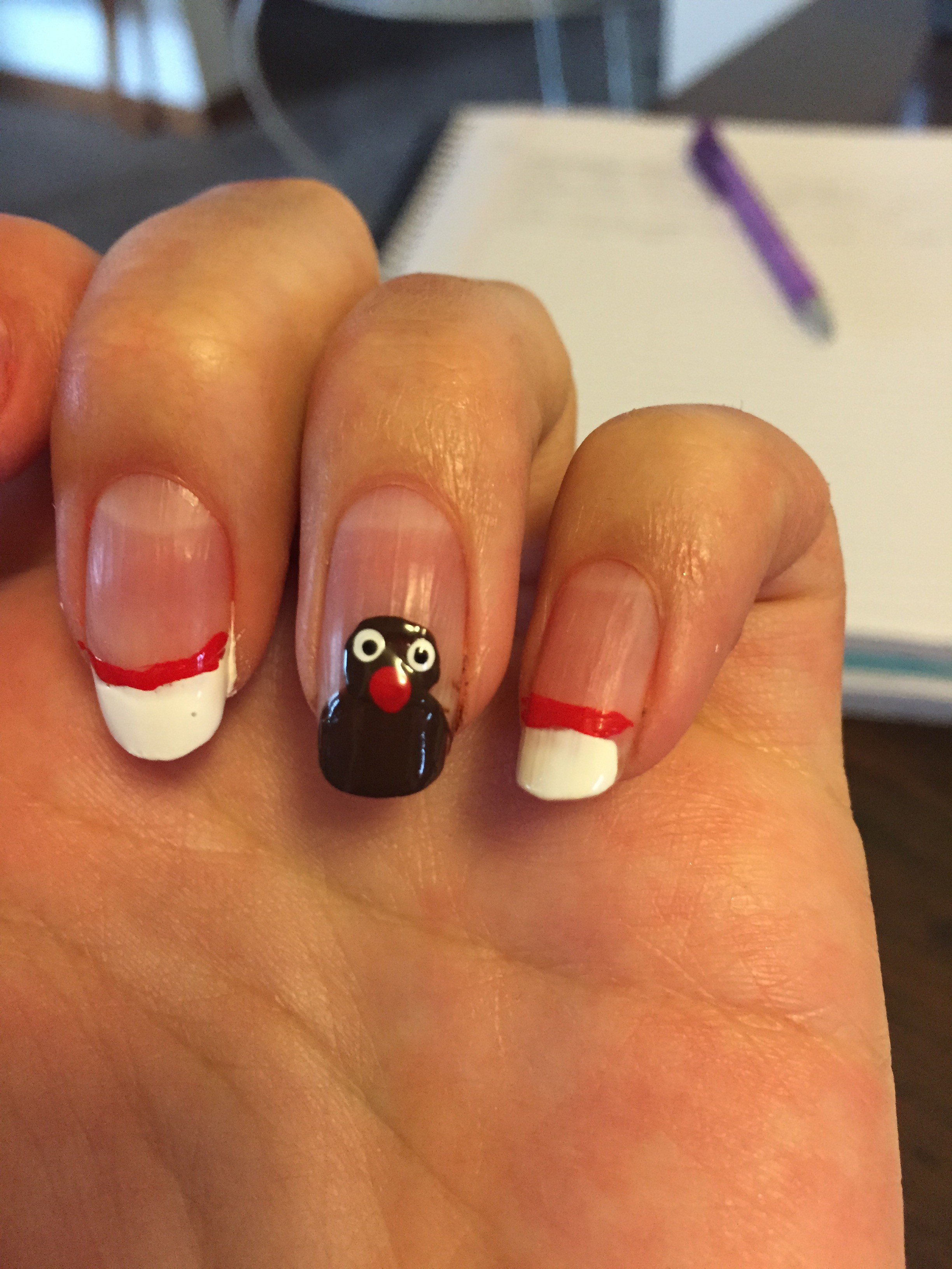 3 Simple Holiday Nail Art Designs | Unbelievab.ly