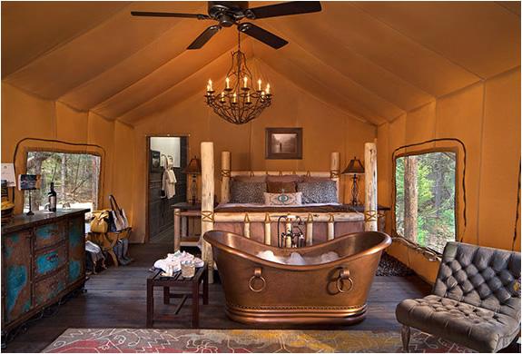 Honeymoon tent 2